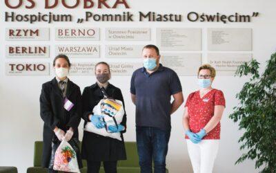 Maseczki ochronne przekazane do hospicjum